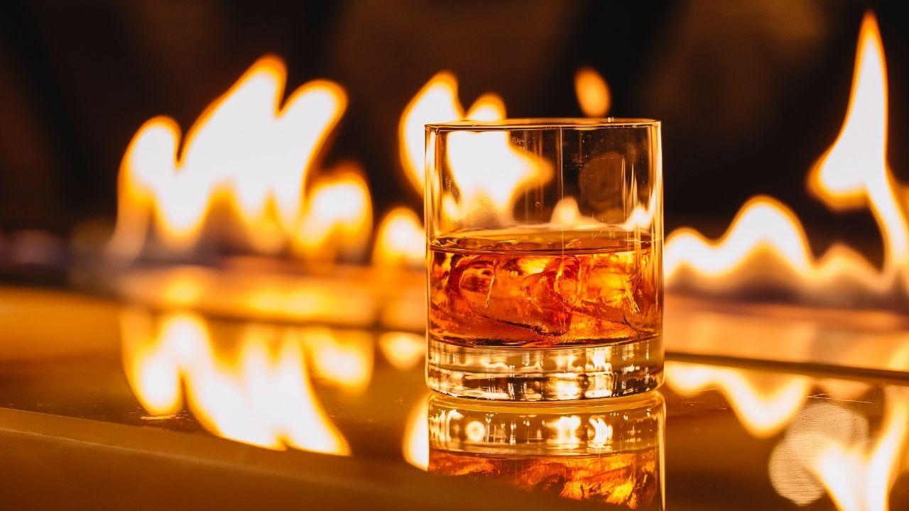 large choix de whisky irlandais, whisky japonais, whisky français